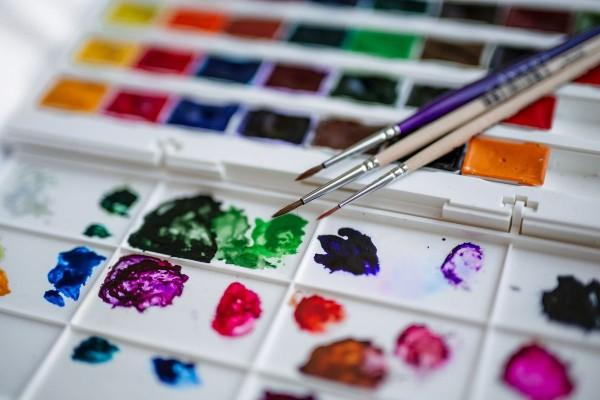 Wielokolorowa paleta farb 1